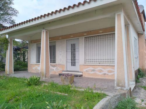 Casa 2 Dormitorios Paso De La Arena Oportunidad