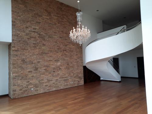 Imagen 1 de 8 de Apartamento En Alquiler En Zona 15