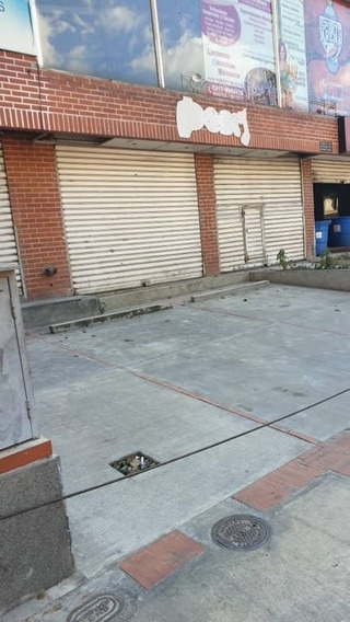 Se Alquila Local Comercial 450m2 Las Mercedes