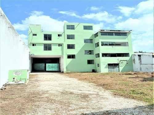 Edificio Comercial - Mérida