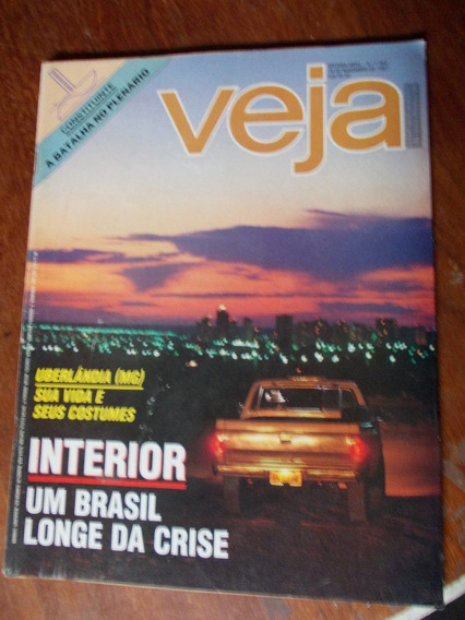 Veja - Uberlândia (mg). Interior. Um Brasil Longe Da Crise