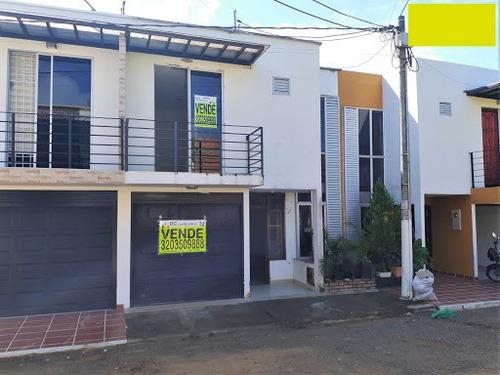 Casas En Venta Puerto Lopez 815-986