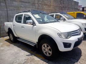 Mitsubishi L200 2014 Diesel 4x4 $210,000.00 Cel 4433575180