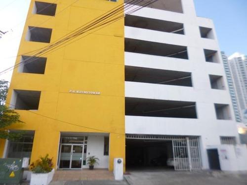 Apartamento En Alquiler, Carrasquilla, 2 Recamaras