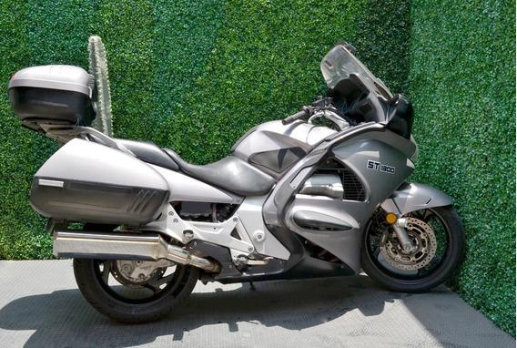 Poderosa Honda St 1300 Equipada Lista Para Viajar