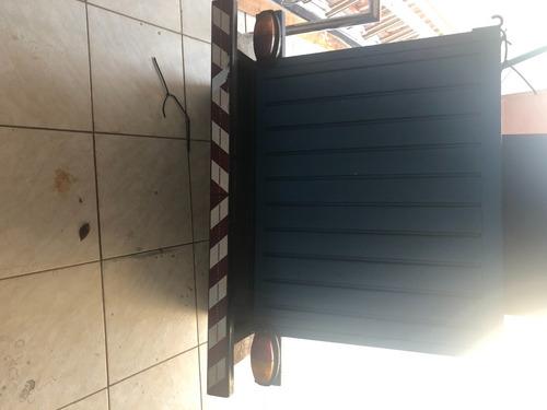 Imagem 1 de 9 de Carretinha Baú