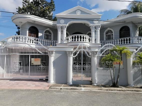 Se Vende Masion En La Jacobo Macluta Santo Domingo Norte
