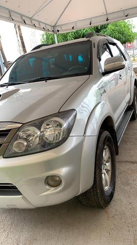 Toyota Hilux Sw4 Srv 4x4 3.0 D4d Diesel Prata Automática Top