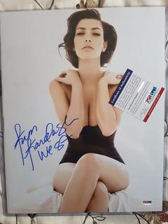 2 Autografos De Kim Kardashian 37cm X 29cm - Certificado