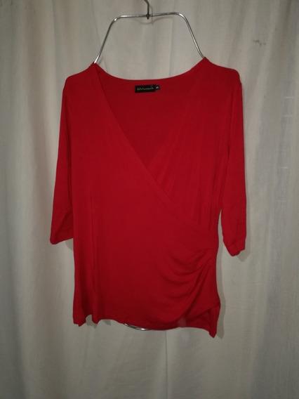 Remera Mujer Roja, Talle 3, Escote V