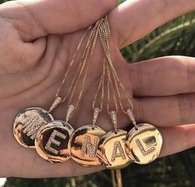 Colar De Letra Thassia Naves Banhado A Ouro 18 K