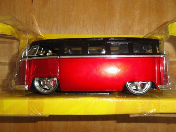 Big Time Kustoms Jada 1/24 Metal 1962 Volkswagen Bus Kombi