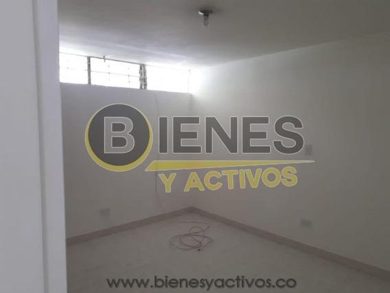 Alquiler De Casa En La Castellana - Medellín
