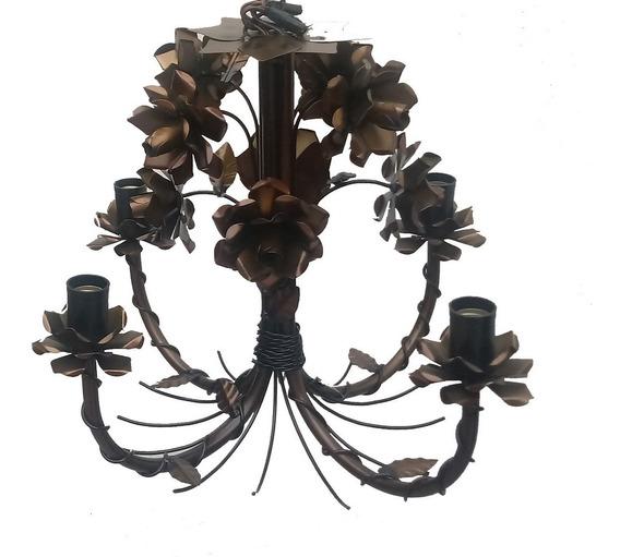 Lustre Rustico Estilo Antigo Com Flores De Ferro Envelhecido