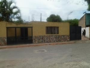 Casa En Venta Yagua Valencia Carabobo 20-3762 Rahv