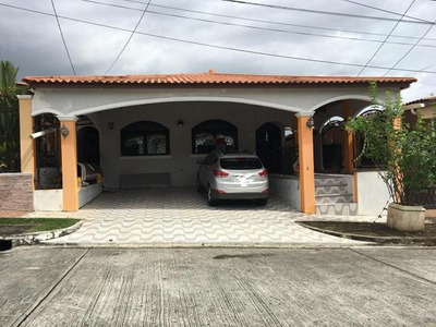 18-4826ml Hermosa Casa Avenida 12 Occidente