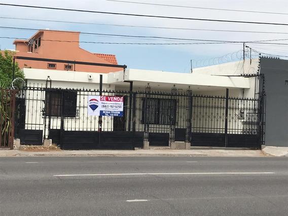 Casa Con Vocación Comercial Sobre Av. Reforma