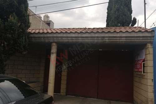 Casa A La Renta $23,500 Xochimilco