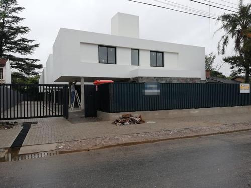 Villa Belgrano - Tres Dormitorios - Complejo Cerrado - Housing - A Estrenar - Categoria
