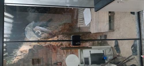 Imagem 1 de 1 de Porta Instalada De Vidro