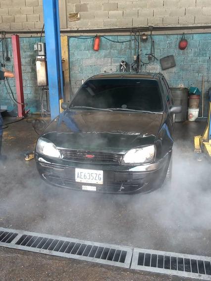 Ford Fiesta Balita 4 Puertas