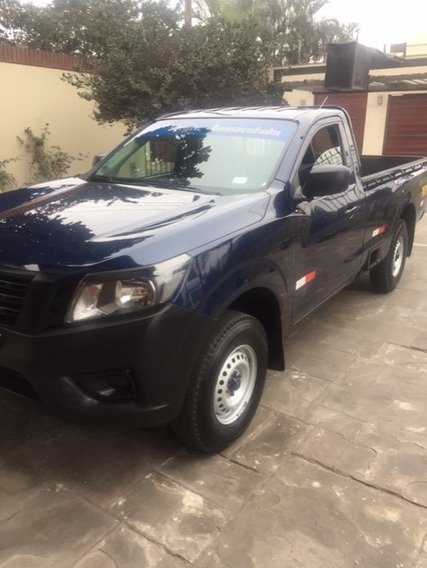 Camioneta Pick Up Nissan Np300 Cabina Simple 2015