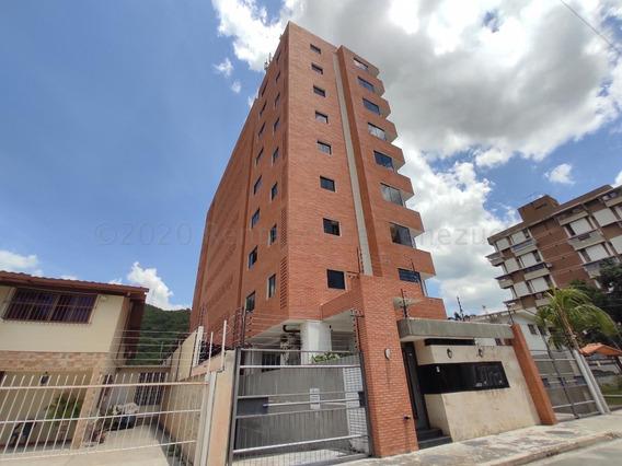 Apartamento En Venta Urb. Los Caobos 20-25011 Jcm