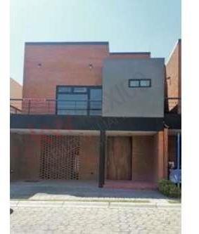 Casa Amueblada En Renta En Lomas De Angelópolis