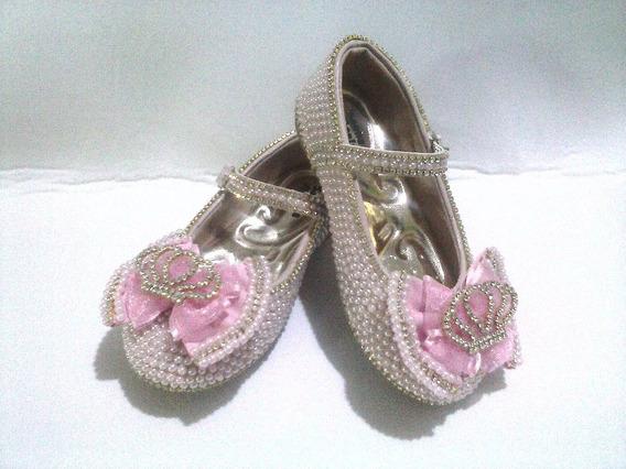 Sapato Boneca Customizado Com Pérolas E Coroa