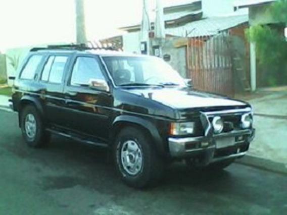 Nissan Pathfinder 93/94