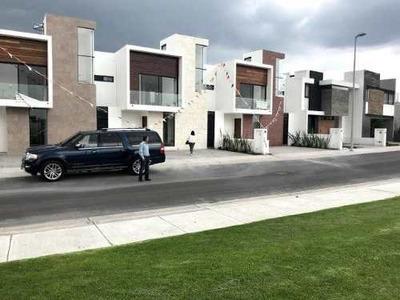 Casa En Venta - Circuito Agaves, Col. El Refugio