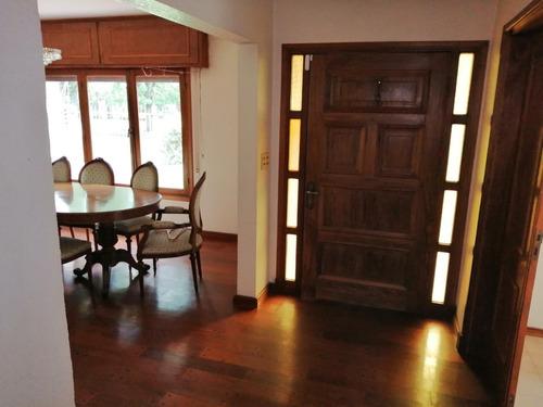 Casa De 4 Dormitorios, 4 Baños. Gge 4 Piscina, Bbcoa, Jardín