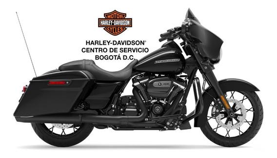 Harley Davidson Street Glide® Special Vivid Black Elegante