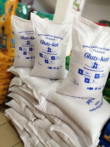 Imagen 1 de 3 de Arena Para Gatos Gluti-kat 25 Kg