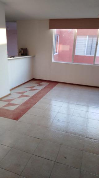 Departamento En Camino Real Planta Baja