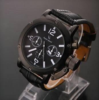 Belissímo Relógio De Pulso, Luxuoso Militar De Ponteiros.