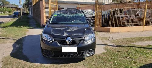 Renault Sandero Chocado