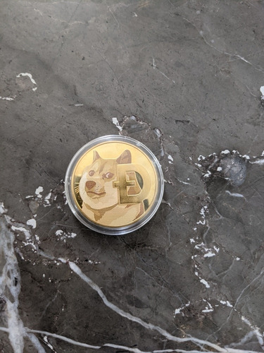 Imagen 1 de 2 de Doge Coin  Suvenir