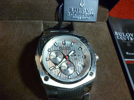 Relógio Bulova Cronômetro, Quartz, Swiss Made, Novo