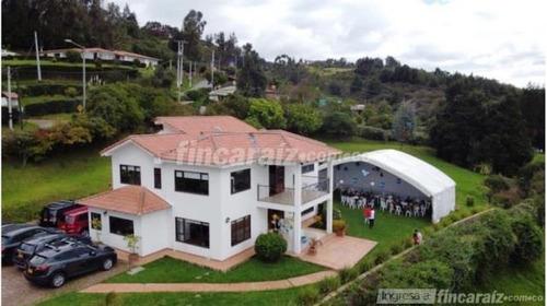 Hermosa Casa Para Arriendo En Altos De Yerbabuena, Chia