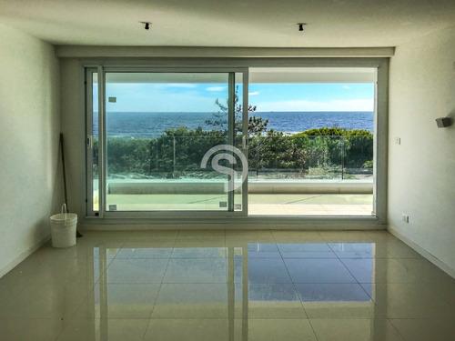 Apartamento 2 Dormitorios, Punta Del Este, Playa Mansa, Venta- Ref: 4358