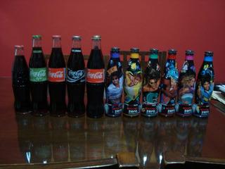 Colección Diversa De Coca Cola Botellas De Vidrio Y Aluminio