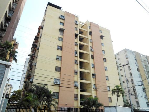Bello Apartamento En Res. El Centro. Maracay