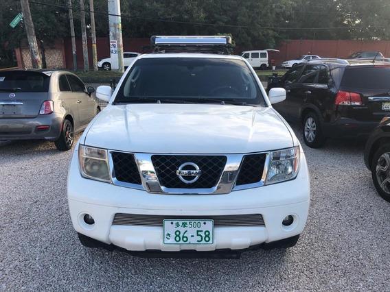 Nissan Pathfinder 2005,inicial 200mil, Negociable.