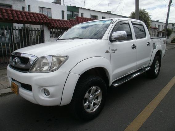 Toyota Hilux 4x4 Diesel Doble Cabina
