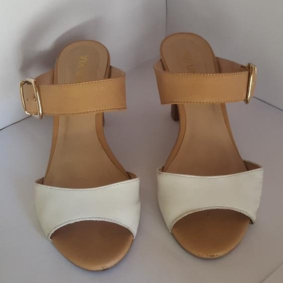 Sandalias Vía Uno Nude Y Blanco