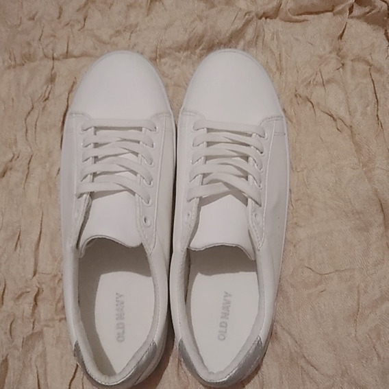 Old Navy Woman Sneakers, Color Blanco