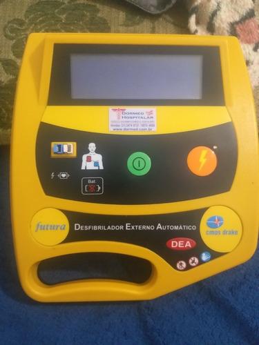 Desfribrilador Cosmo . Bateria Com Defeito,  Falta A Fonte