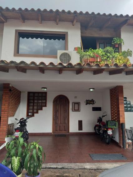 Casa En Venta, Urb La Guerrereña
