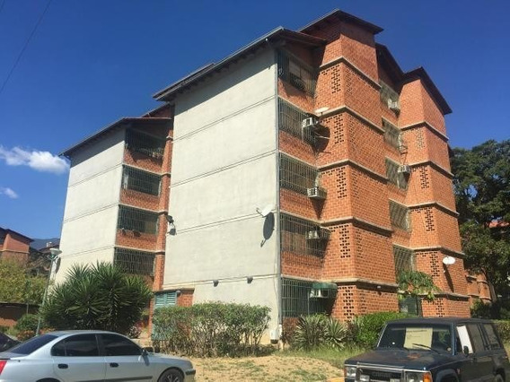 Townhouse En Venta Elimar AlvarezMls #19-3992